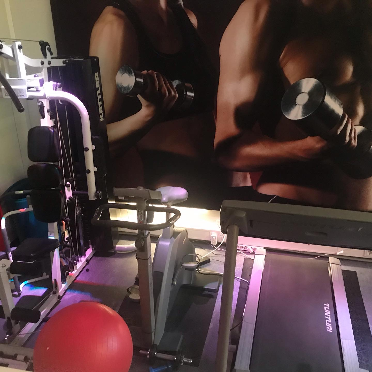 FITNESS-/ GAME-room